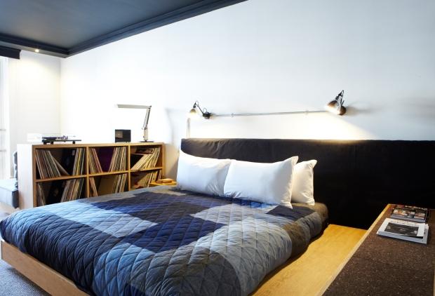 ldn_room_bed